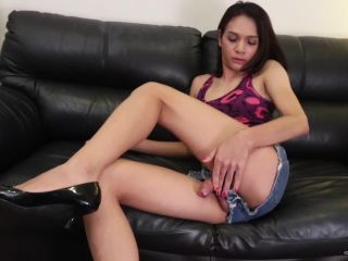Online shemale video Sexy Hung Pety
