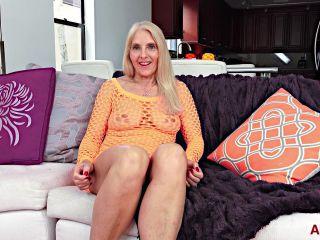 Milf 19 06 20 Chery Leigh Interview