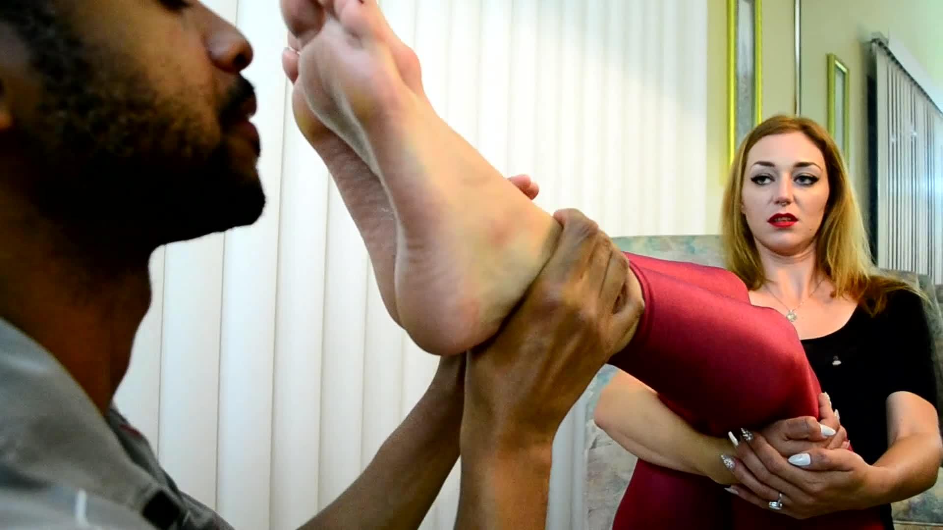 Lesbian Bed Foot Worship