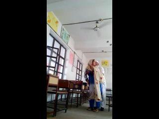 Pakistani School Headmaster doing sex with his Young Female TeacherDes ...