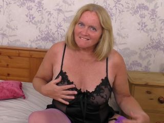 Mature_nl - Mature - Antoinette (EU) (63) - British mature Antoinette playing with herself