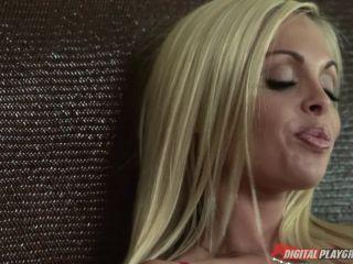 [Erik Everhard] Love Jesse - Scene 1 - December 24, 2012