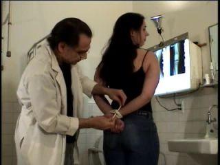 Porn online Big Tits Medical Scene Torture