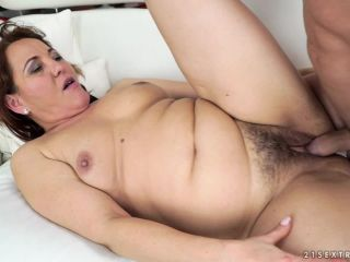 Sex Mature Woman and Guy - Red Mary