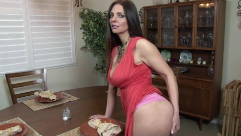 Mindi Mink - Step Mom Fucks You In Front Of Daddy [FullHD 1080P]