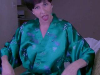 Clips4sale presents Mrs Mischief in Let Mommy Help You