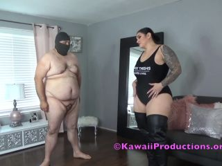 Balls Busting – Mistress Kawaii – Leather Boots Ballbusting Fun