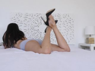 Online Fetish video Stella Liberty - The Pose In Heels
