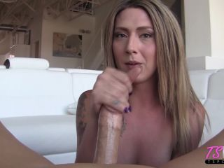 Southern hottie Athena Addams enjoys getting the cum out