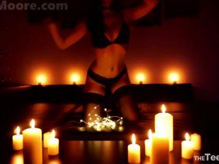 ManyVids  JuneMooreXXX  Candles & Wax Sensual Strip Wax Cum  Porn Videos,Masturbation,Solo  Release (March 11, 2018)