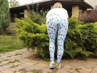 Yasmibutt in STEP BROTHER CUMS ON STEP SISTER'S PRETTY FACE IN YOGA PANTS & SHE SWALLOW