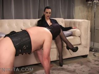 Pantyhose/stockings – Mistress Nikita FemDom Videos – Slave To My Wolfords Part 1