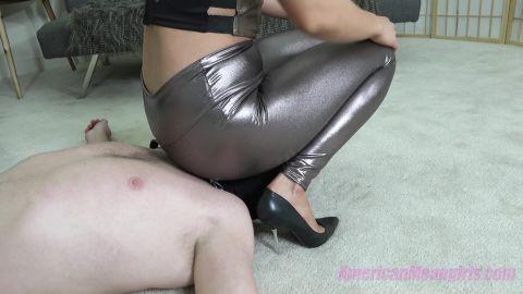 Princess Amber - Resting My Feet While I Take A Seat (1080p)