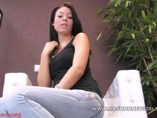 CashMoneyGirls – Stellina behält deinen Schlüssel