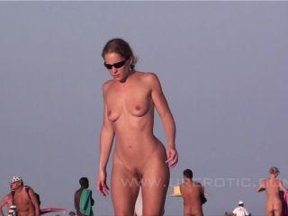 Lola cap Dagde Sex in the Dunes 2 HD