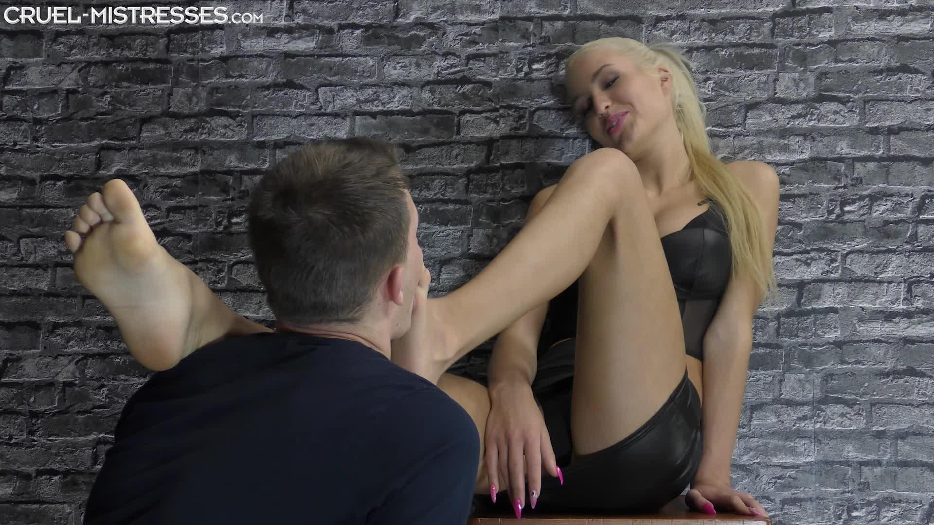 Foot Worship Mistress Feet