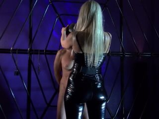 Cbt – Kinky Mistresses – Punished at the Cross – Mistress Marta