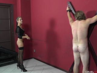 Whipping – CRUEL MISTRESSES – Don't be disgusting next time – Mistress Amanda
