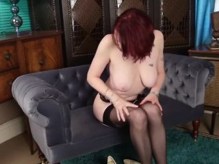 Mature stepmom scarlet rose beautiful full breast