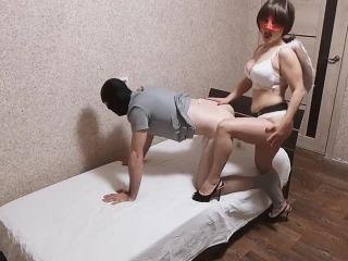 Brunette hot fucks her sinful Femdom Strapon [HD 720P] - Screenshot 2