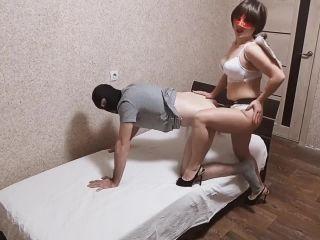 Brunette hot fucks her sinful Femdom Strapon [HD 720P] - Screenshot 3