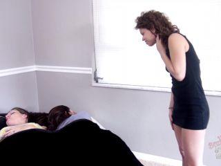 Toes sucking – Bratty Foot Girls – Bailey Paige, Vanessa rain, Maria Marley – Bailey Loves Big Tired Pantyhosed Feet