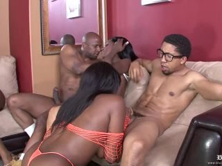 Janae Foxx And Some Of Her Girls Get Laid During An Orgy  Released Jun 29, 2009
