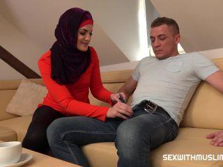 Sex With Muslims – Kizzy Sixx