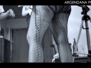 ArgenDana – Big ass latina enjoy deep fisting in doggy pose – hot compilation