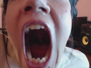 JickyJ - Teeth and Tongue Quickie with Drool