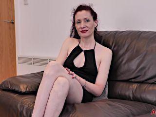 Milf 19 05 24 Scarlet Louise Interview