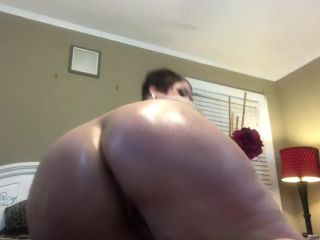 ErikaXstacy - OILED BIG BOOTY