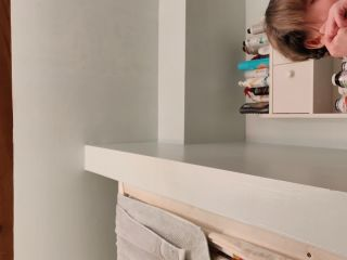 TEEN_STEP-SISTER_UPSKIRT_Shaves_Pussy_before_Date_-_Part_one_spymysteps18ster_2160p