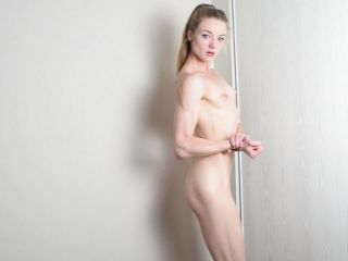 webcams - ManyVids Webcams Video presents Girl SexyLucy69 in  posingflexing
