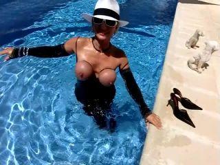 barbara - 2012-07-22 Breast Shaker [foot fetish]