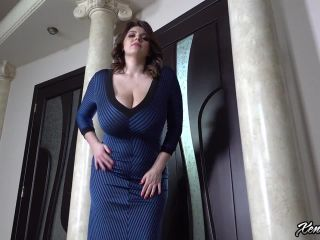 Xenia Wood - Large Chest Squeezed Tight - HD
