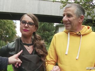 JacquieEtMichelTV presents Sexy Susi – Susi, la teutonne cochonne – 09.11.2017