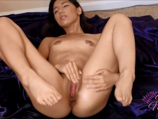 sweetxmelody - oil play [Manyvids]