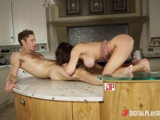 Mortal kombat parody porn video-10271