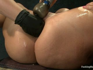 Archive CLASSIC: Fists, Cock, Machines ALL Inside Kelly Divine's Butt - Kink  July 1, 2013