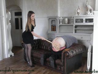 Only the carpet beater will teach you some discipline [FullHD 1080P] - Screenshot 6