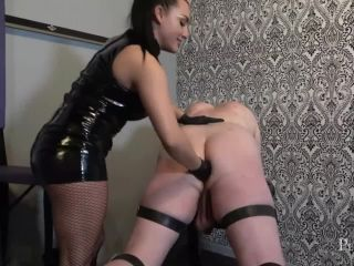 A Fisting Lesson - Rough stretching of dirty ass of sub slave