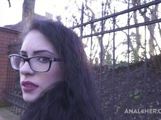 Anna de Ville went to psychologist about her dreams Part 1 AF008