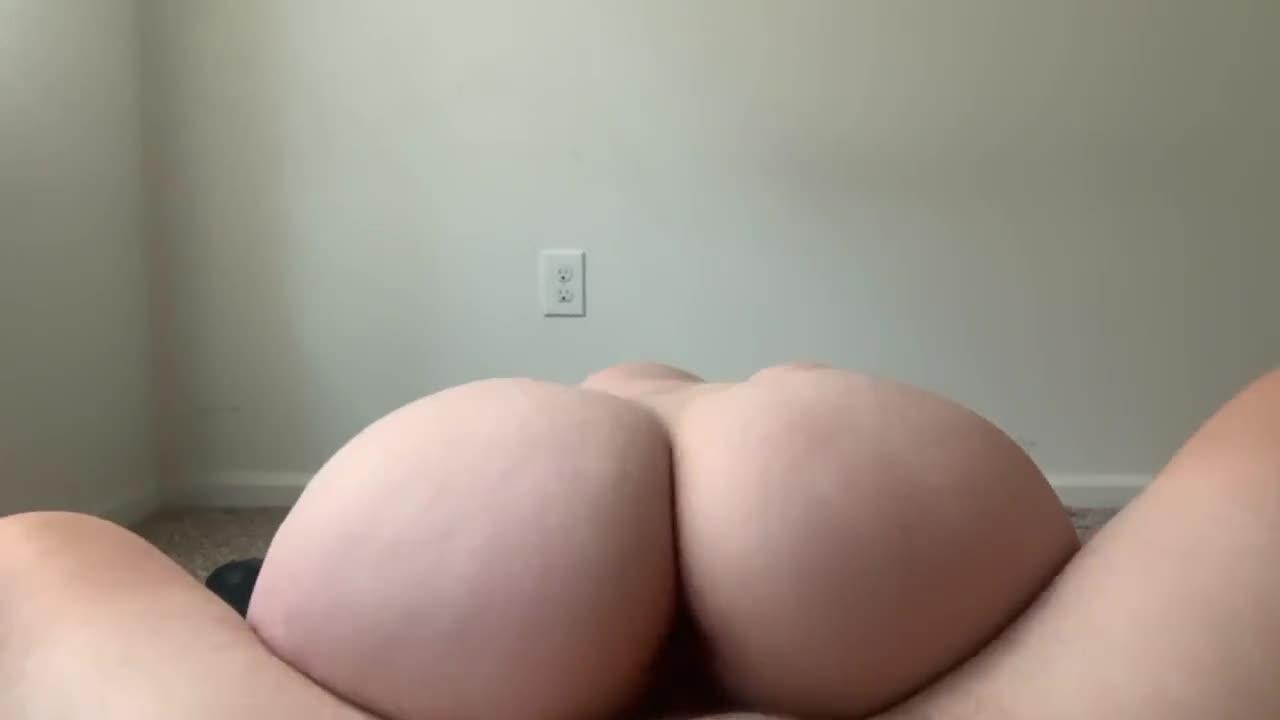 Big White Ass Riding Dick