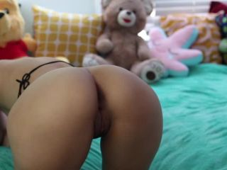 Showing off my ass and pussy from behind - Ashleejuliet