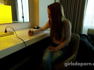 GirlsDoPorn - E446 - Paisley Rae - Behind The Scenes