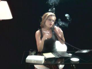 82000 - Smoking Fetish - Katy 1 high