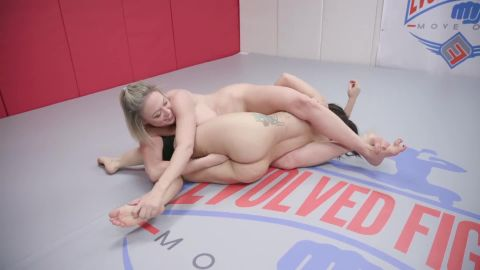 Evolvedfightslez.com- Dee Williams vs Gabriella Paltrova