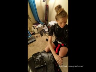 Porn online Kinkdevice - Carlies Mile High Boot Peg And Cums femdom