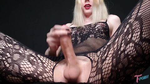 Alexandra Vexx - T.Porn, GroobyProductions (720p)